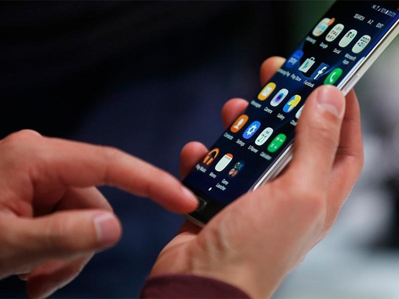 Kategori İçin Resim Akıllı telefon devri kapanıyor, zeki telefonlar geliyor!